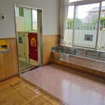 年少手洗い場&トイレ
